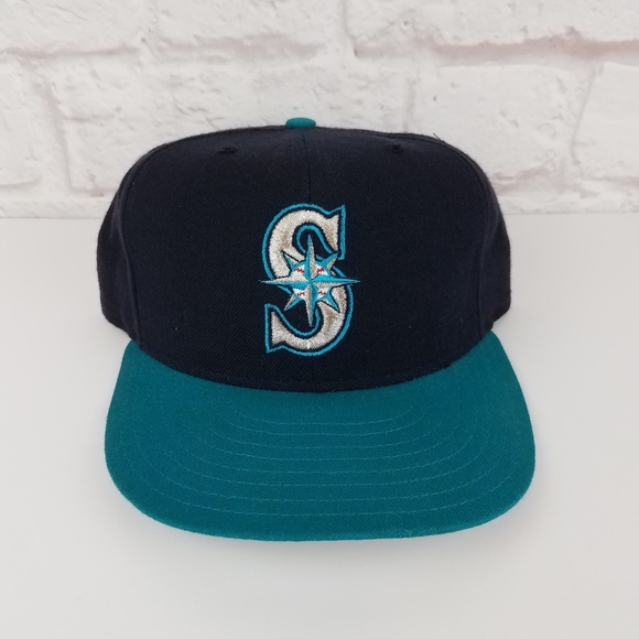 9daf0f38 Vintage 1990's MLB Authentic Seattle Mariners Hat